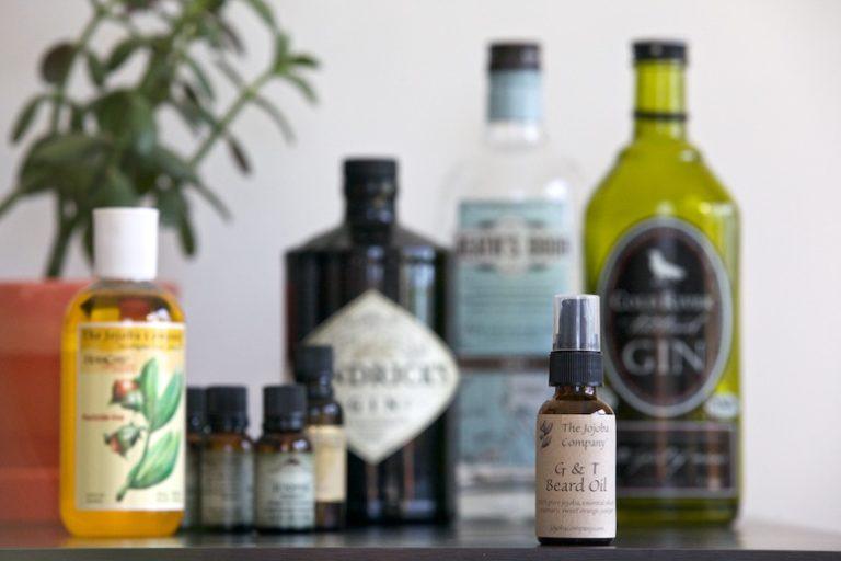 aromatherapy, beard oil recipe, beard oil mix, juniper beard oil, make your own beard oil,