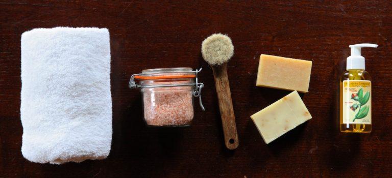 mother's day bathing gift basket idea with jojoba