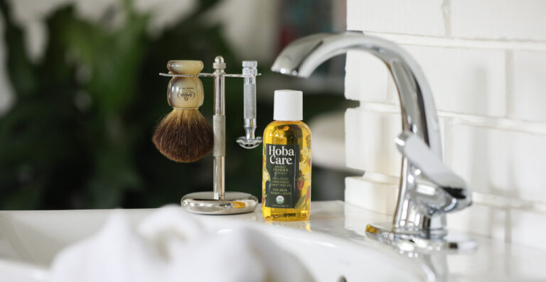 jojoba oil for the perfect shave